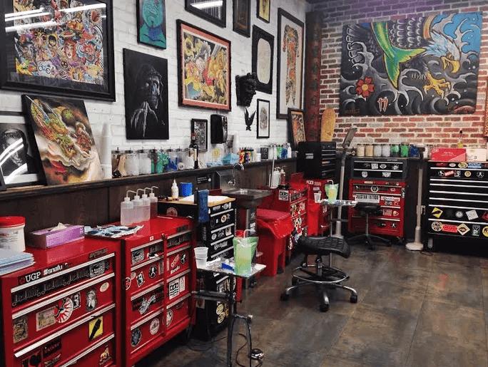 Informações do Miami Ink Tattoo Studio: