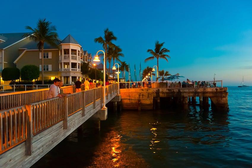Lua de mel no por do sol romântico em Key West em Miami