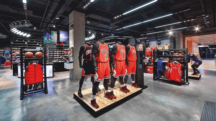 Compras na loja da Adidas em Miami