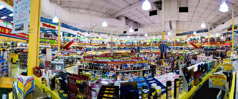 Compras na loja de eletrônicos BrandSmart USA em Miami