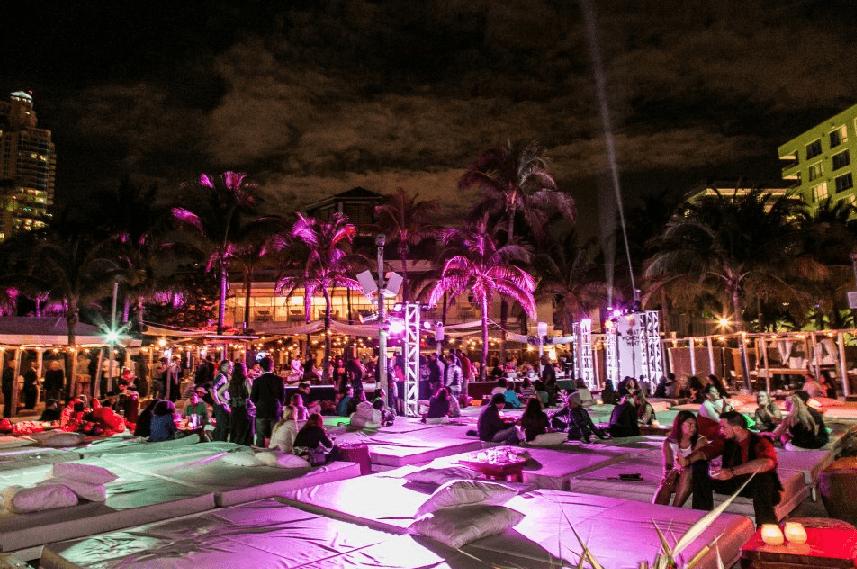 Balada Nikki Beach em Miami