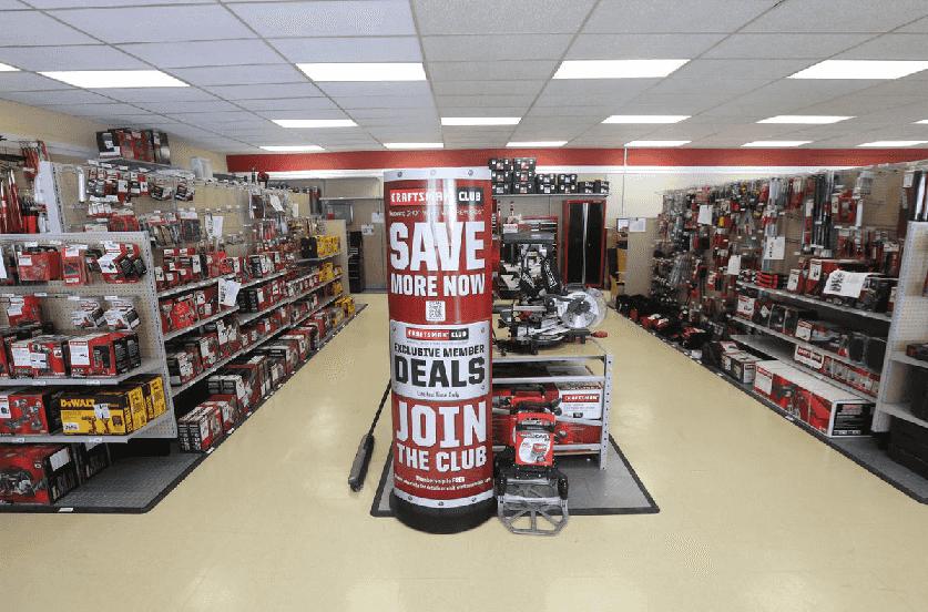 Compras na loja Sears em Miami