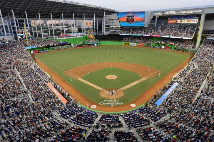 Lugares para comprar ingressos de jogos de beisebol em Miami