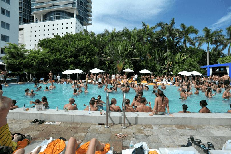 Melhores e mais famosas pool parties de Miami: