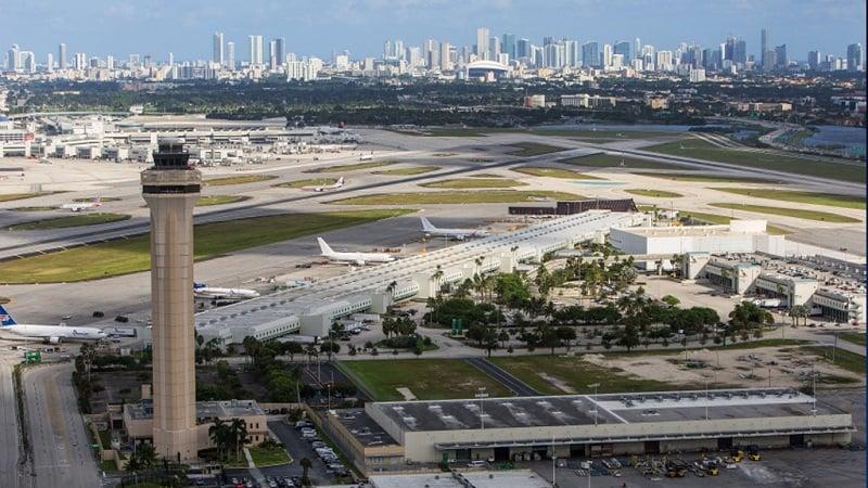 Informações sobre o Aeroporto Internacional de Miami