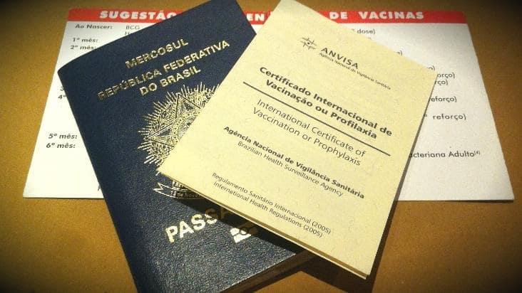 Vacinas e certificado de vacinação antes de ir para Miami