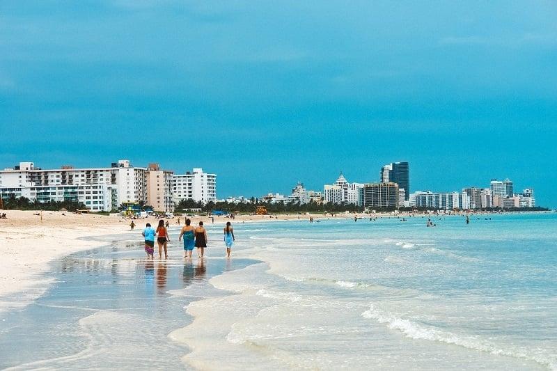 Movimentação de turista em Miami em maio