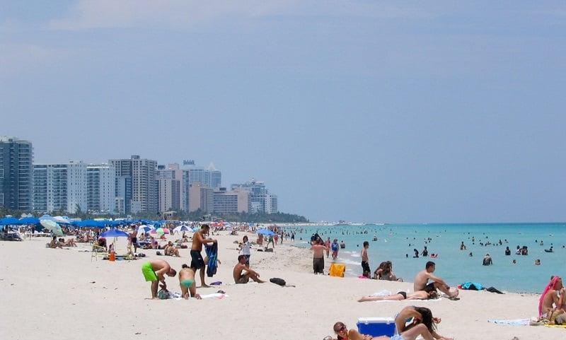Movimentação de turistas em Miami em julho