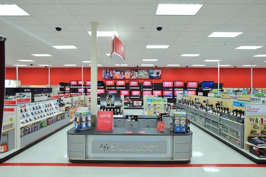 Target para comprar uma caixa de som JBL em Miami
