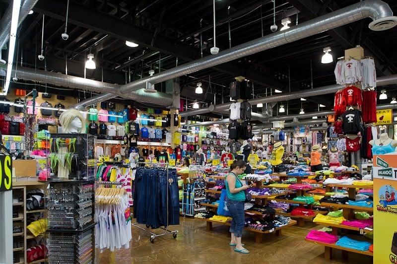 Mercadorias na loja Alvin's Island em Miami