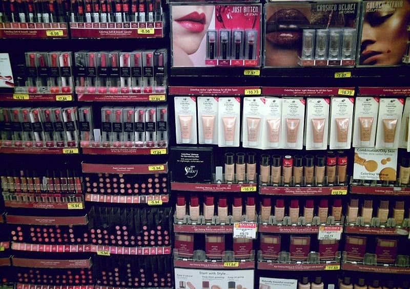 Comprar maquiagens Maybelline nas lojas que vendem produtos de beleza em Miami
