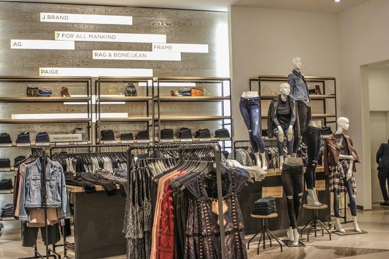 Lugares para encontrar a loja Saks Fifth Avenue em Miami