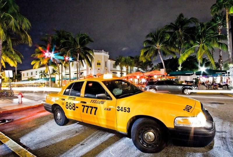 Regras sobre as bebidas alcoólicas em Miami: se beber, não dirija