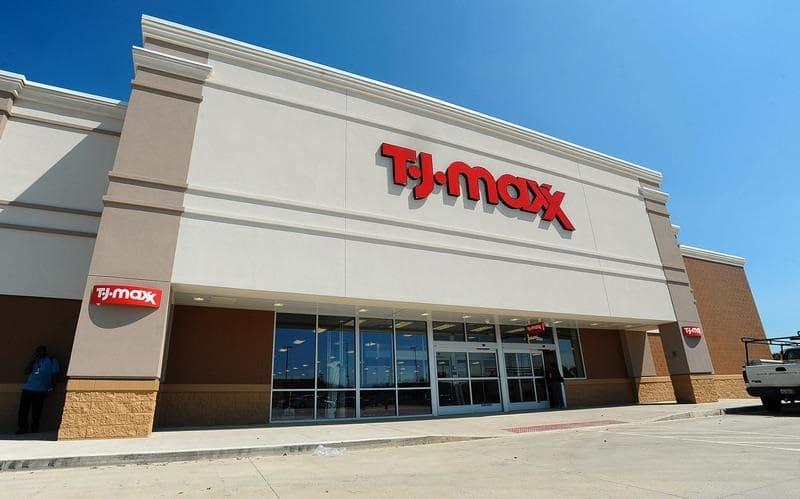 Compras na loja T.J.Maxx em Miami