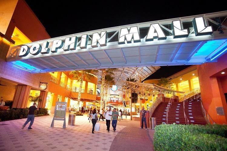 Roteiro de viagem no Shopping Dolphin Mall em Miami