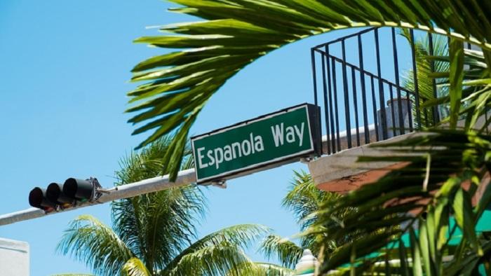 Tudo sobre Española Way em Miami