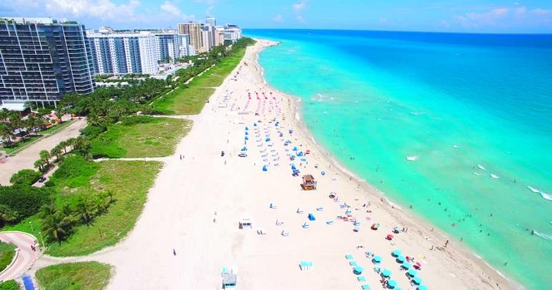 Praia South Beach para surfar em Miami