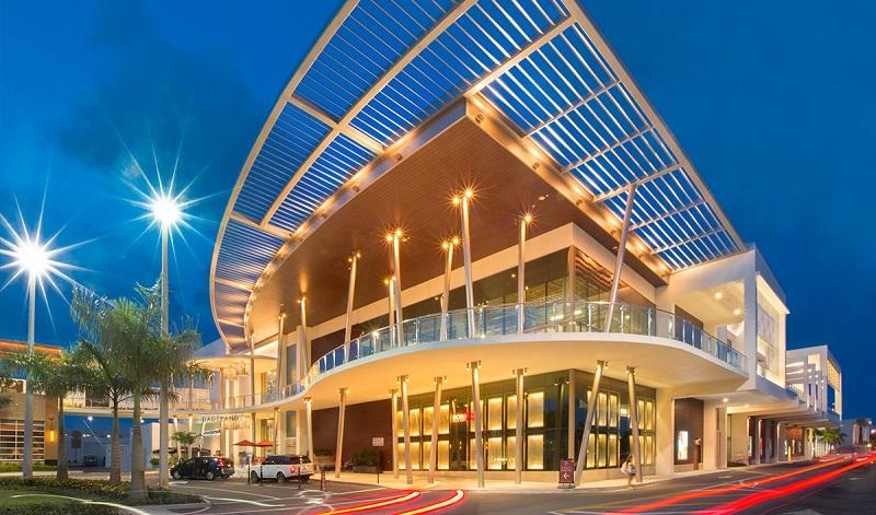 Compras no Shopping Dadeland Mall em Miami