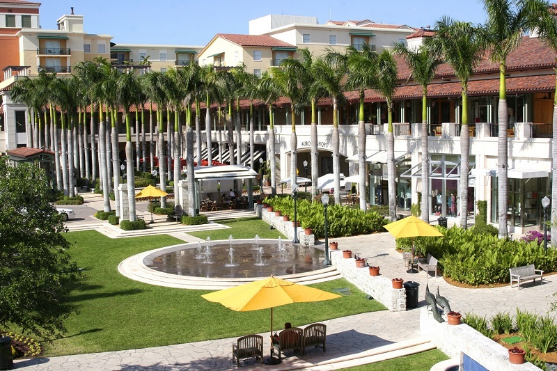 Compras no Shopping Village of Merrick Park em Miami