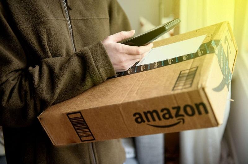 Vantagens e desvantagens de comprar pela internet e entregar a mercadoria no hotel ou lugar específico