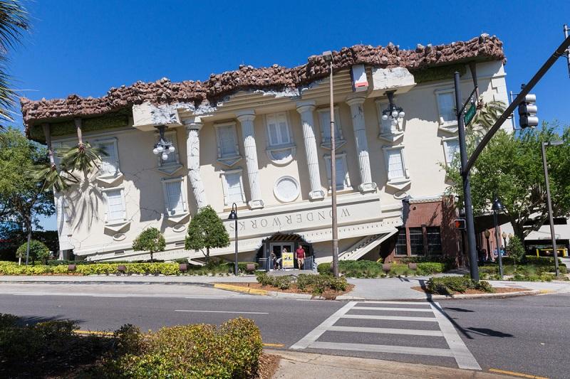 Casa de ponta-cabeça em Orlando